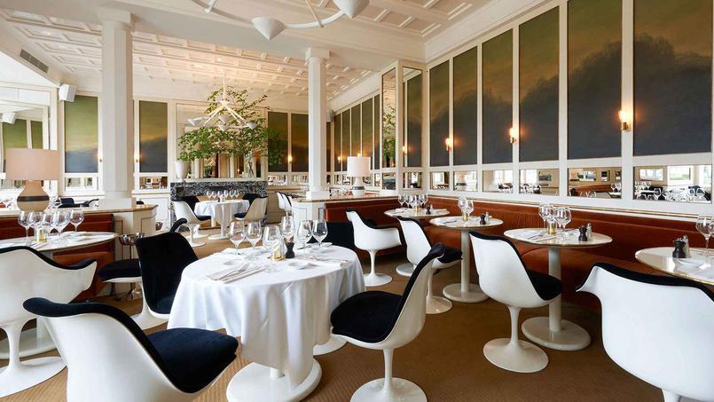 Loulou le nouveau restaurant des jardins du louvre for Restaurant dans jardin paris