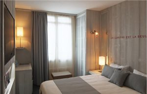 Golden Tulip Paris : chambre