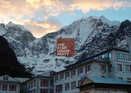Insolite : un restaurant éphémère en haut de l'Everest !