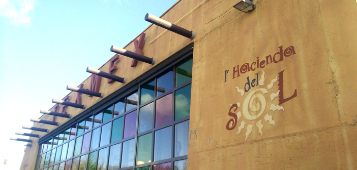 Façade de L'Hacienda del Sol à La Roche sur Yon