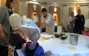 Les petits angevins s'initient à la galette des rois gastronomique