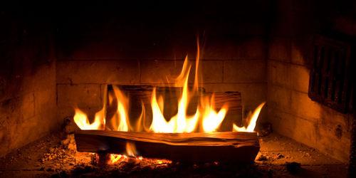 feu de cheminée hôtel