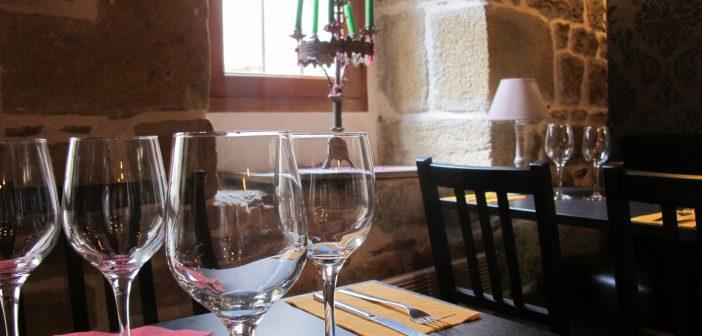 table sherlock holmes restaurant quimper