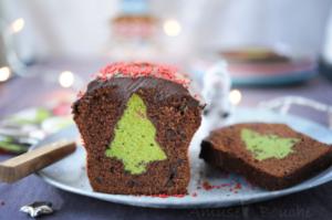 Recette de sapin de Noël en cake surprise chocolat / pistache