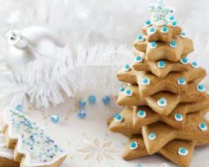 Recette de sapin de Noel avec des biscuits au miel et à la vanille