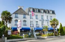 Situé au cœur de Bénodet, cité balnéaire classé station tourisme dans le Finistère en Bretagne, l'Armoric Hôtel est un lieu magnifique, idéal pour vous ressourcer.. hôtel et restaurant Reso 29