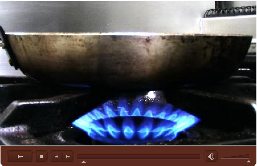Vidéo de présentation de la cuisine et des différentes salles du Restaurant L'Auberge d'Hempempont. La cuisine du Chef Pascal Peltier est à découvrir au plus vite.
