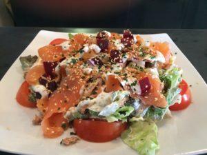 Salade au restaurant de L'Atelier à la Mothe Achard en Vendée