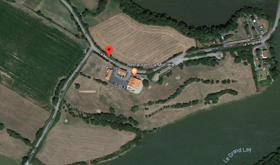 Vue aérienne (issue de Google Mpas) du restaurant La Morlière à Sigournais, proche de Chantonnay en Vendée