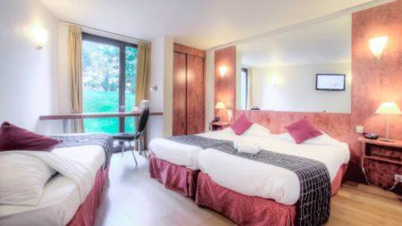 Découvrez les superbes chambres du Logis Hôtel et restaurant Les Acacias