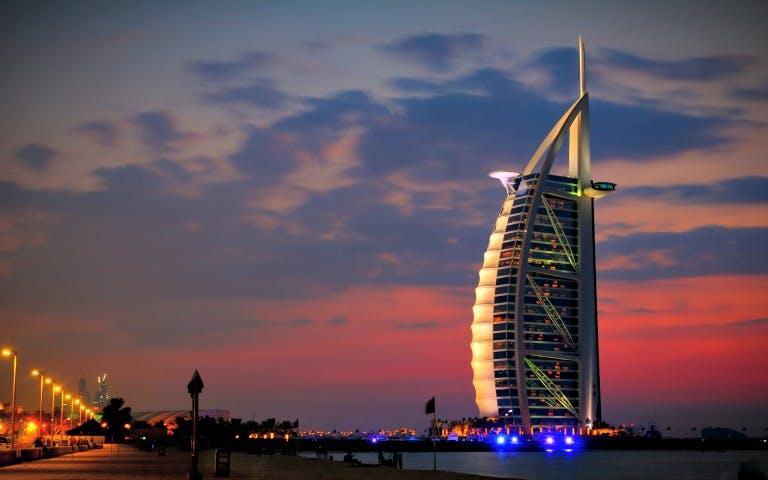 Hôtel de luxe Le Burj-al-Arab de Dubaï