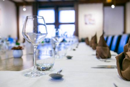 Table de réception dressée