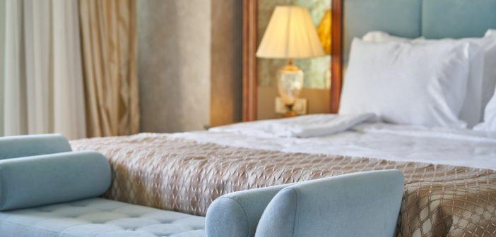 Grands hôtels : Top 10 des hôtels qui ont le plus de chambres en France (photo d'une chambre d'hôtel)