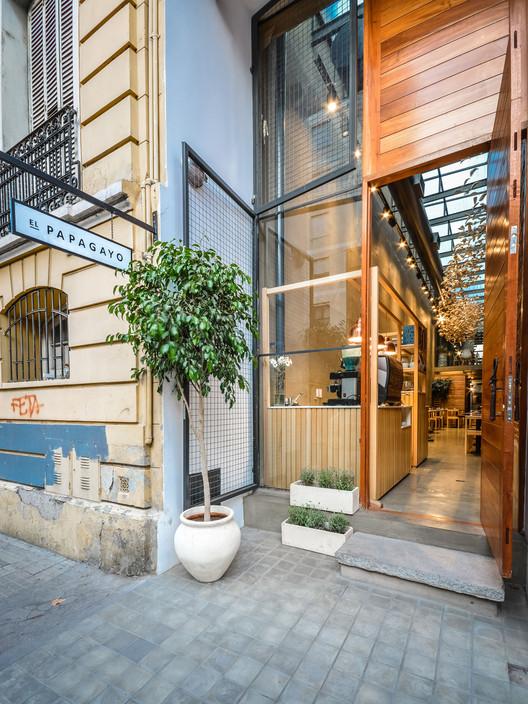exterieur restaurant couloir