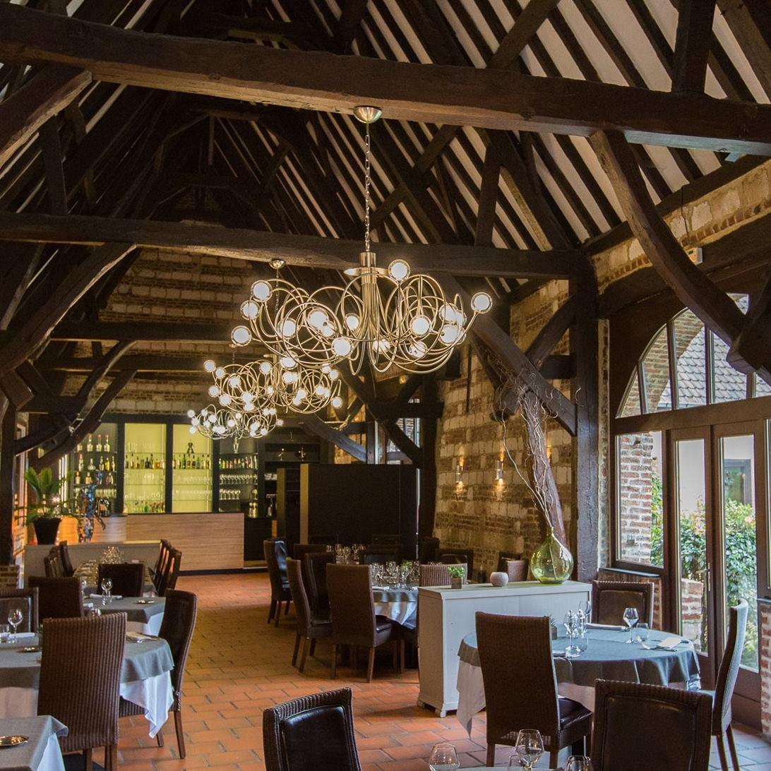 Restaurant La Cense au sein d'une ancienne grange du XVIIème siècle