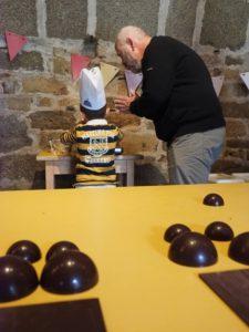 Découvrez l'Atelier chocolat au Château de Kergroadez