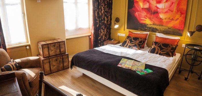 Trouvez une chambre à l'Hôtel Roses à Strasbourg