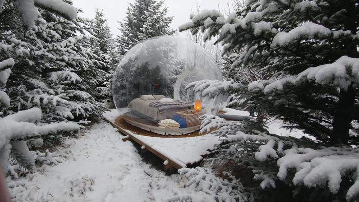 Bulle aurora dans la neige