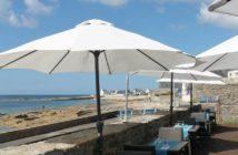 La superbe vue mer depuis la terrasse du restaurant le Poisson d'Avril