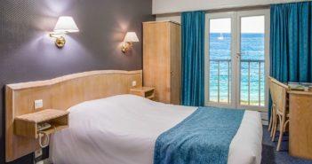 Chambre double vue sur mer en Bretagne !
