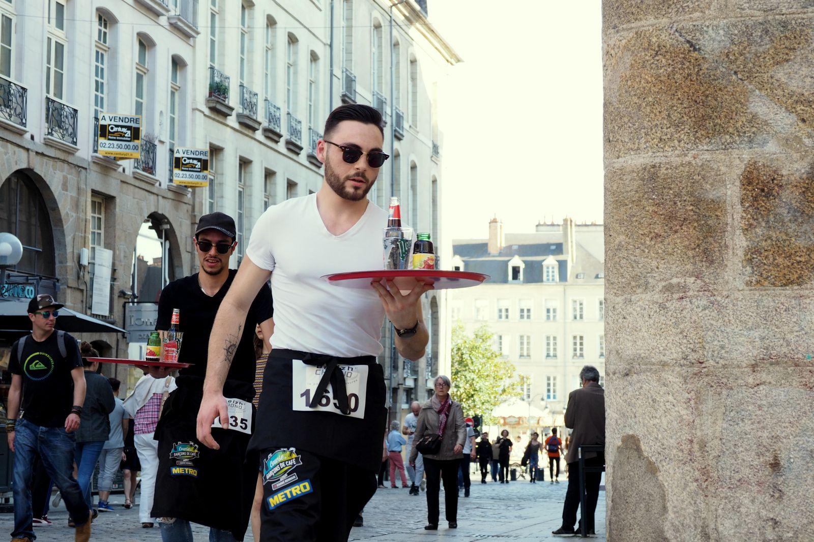 Photo de la Course des Garçons de Café à Rennes