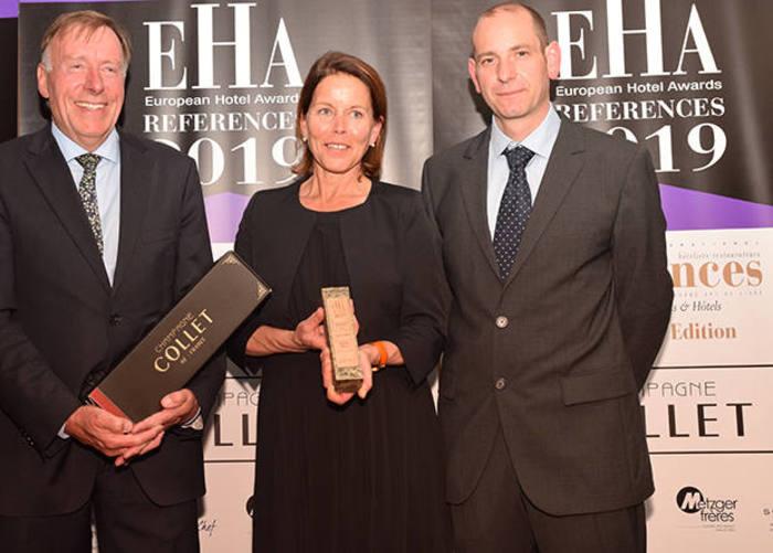Remise du trophée du bien recevoir European Hotel Awards