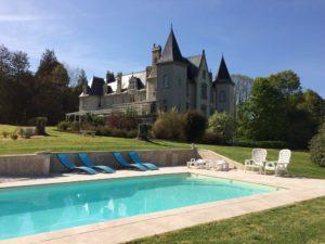 Pour votre mariage réservez le Château de Kervoazec