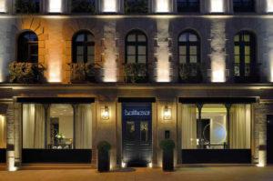 Façade hôtel le Bartazar