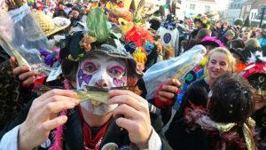 Personnes déguisées au carnaval de Dunkerque